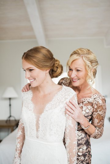 Warm Fall Catskills Wedding With Ceremony Sparklers – Christina Lilly Photography – Buds of Brooklyn 27