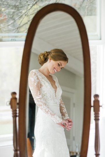 Warm Fall Catskills Wedding With Ceremony Sparklers – Christina Lilly Photography – Buds of Brooklyn 28