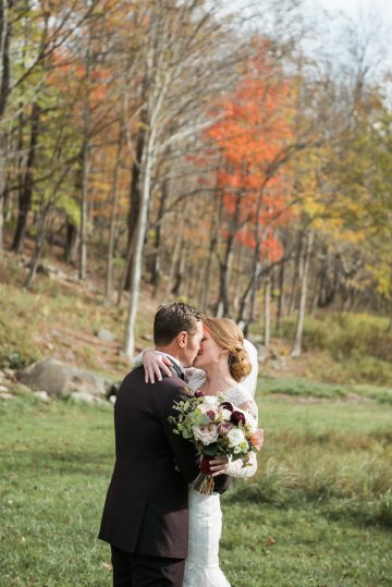 Warm Fall Catskills Wedding With Ceremony Sparklers – Christina Lilly Photography – Buds of Brooklyn 31