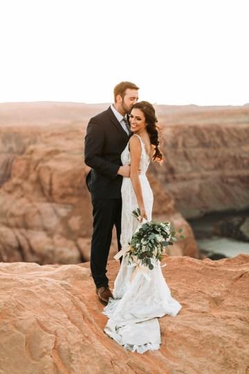 Wild and Bohemian Horseshoe Bend Wedidng Inspiration – Carmela Joy Photography – Luv Bridal 25