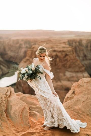 Wild and Bohemian Horseshoe Bend Wedidng Inspiration – Carmela Joy Photography – Luv Bridal 31