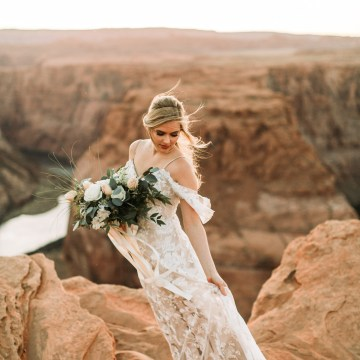 Wild and Bohemian Horseshoe Bend Wedidng Inspiration – Carmela Joy Photography – Luv Bridal 31