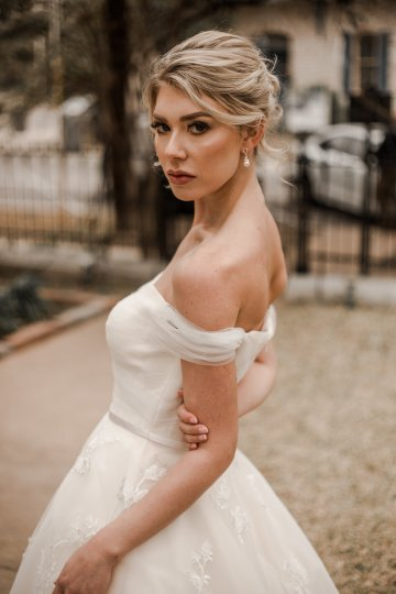 Champagne & Pink Chateau Wedding Inspiration In Texas – Wild Love Photography 21