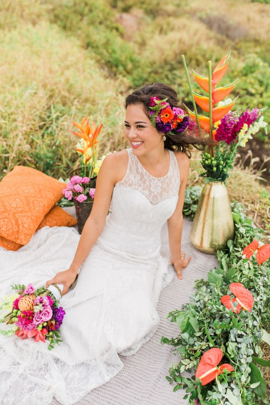 Colorful Hawaiian Boho Wedding Inspiration – Chelsea Stratso Photography 24