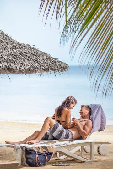 Four Jamaican Honeymoon Resorts We're Dying To Visit – Couples San Souci 3