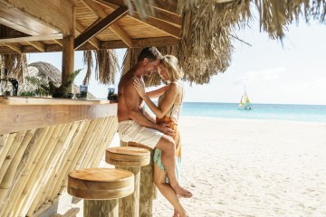 Four Jamaican Honeymoon Resorts We're Dying To Visit – Couples Swept Away 1