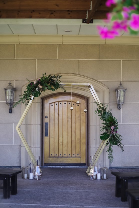 Metallic Copper Wedding Inspiration With A Creative Hexagon Altar – Allie Marion 35