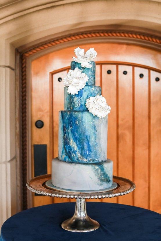 Metallic Copper Wedding Inspiration With A Creative Hexagon Altar – Allie Marion 7