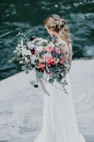 Misty Blue River Goddess Bridal Inspiration – Jaypeg Photography 15