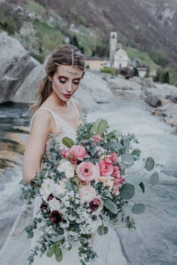 Misty Blue River Goddess Bridal Inspiration – Jaypeg Photography 18