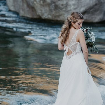 Misty Blue River Goddess Bridal Inspiration – Jaypeg Photography 3