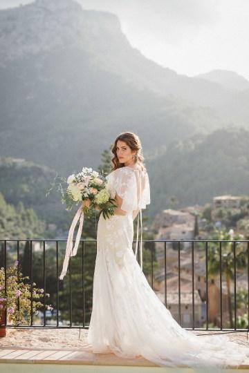 The Dreamiest Mallorca Mountain Bridal Inspiration – Vivid Symphony 34