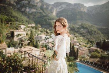 The Dreamiest Mallorca Mountain Bridal Inspiration – Vivid Symphony 4