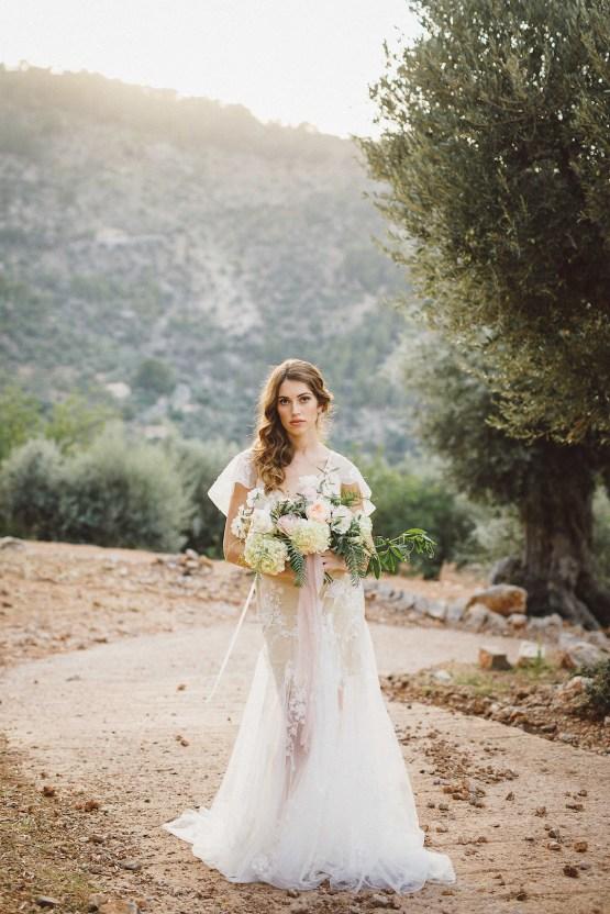 The Dreamiest Mallorca Mountain Bridal Inspiration – Vivid Symphony 57