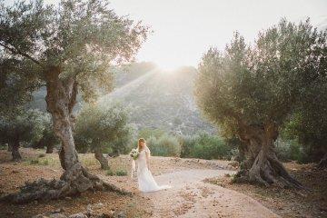 The Dreamiest Mallorca Mountain Bridal Inspiration – Vivid Symphony 8