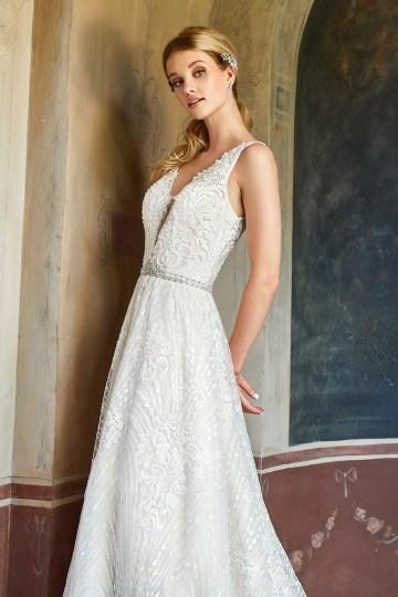 10 Stunning Wedding Dresses By Destination – Val Stefani Cyprus Dress 4