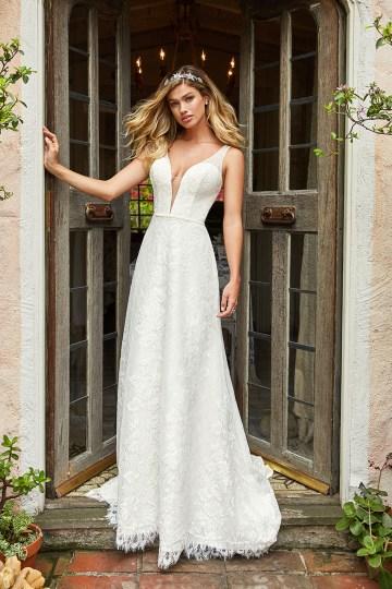 10 Stunning Wedding Dresses By Destination – Val Stefani Dove Dress 1