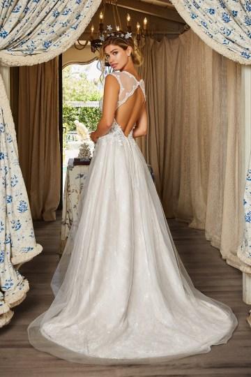10 Stunning Wedding Dresses By Destination – Val Stefani Ellwood Dress 4