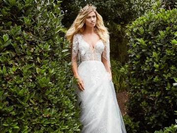 10 Stunning Wedding Dresses By Destination – Val Stefani Everest Dress 4