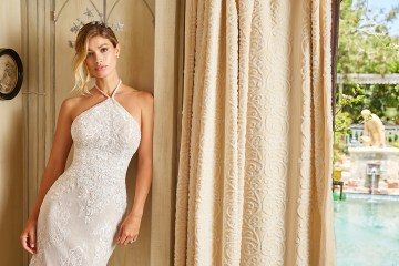 10 Stunning Wedding Dresses By Destination – Val Stefani Juniper Dress 5