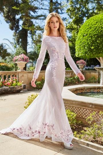 10 Stunning Wedding Dresses By Destination – Val Stefani Manuela Dress