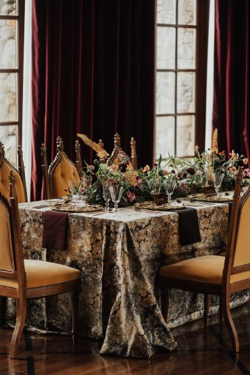 Luxe Mansion Wedding Inspiration Featuring Masculine Florals and Deep Tones – Alex Tenser – Swoon Soiree 17