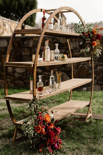 Luxe Mansion Wedding Inspiration Featuring Masculine Florals and Deep Tones – Alex Tenser – Swoon Soiree 42