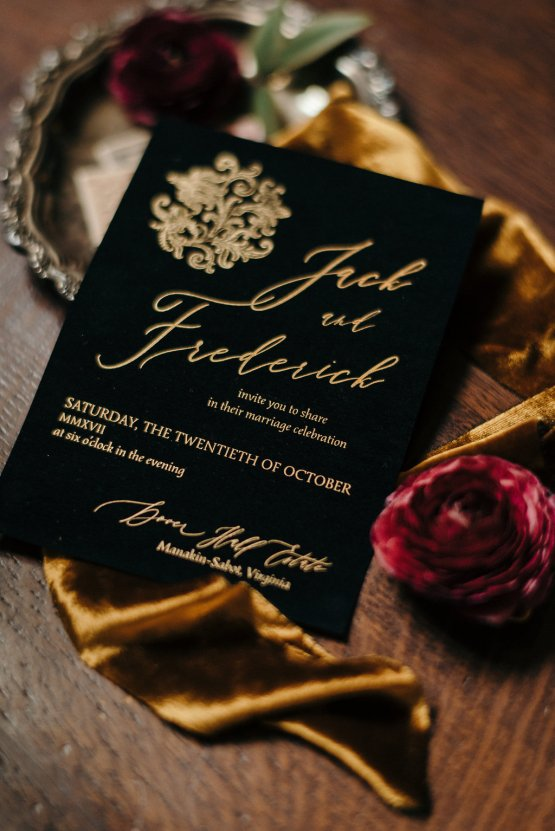 Luxe Mansion Wedding Inspiration Featuring Masculine Florals and Deep Tones – Alex Tenser – Swoon Soiree 8