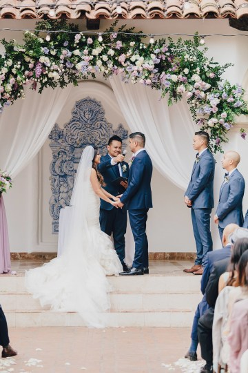 Rustic and Luxurious Southern California Wedding With Stunning Florals – Full Spectrum Photography 24