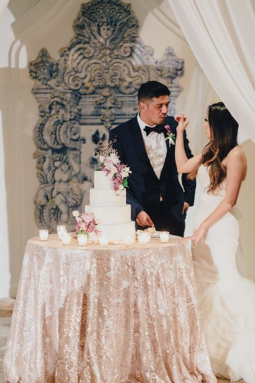 Rustic and Luxurious Southern California Wedding With Stunning Florals – Full Spectrum Photography 52
