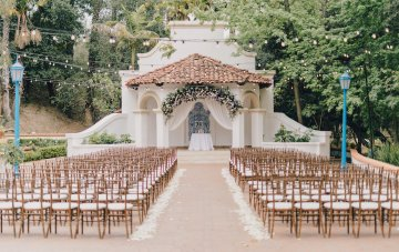 Luxurious Southern California Wedding With Stunning Florals