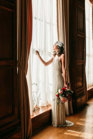The Great Gatsby Art Deco Wedding Inspiration With Tropical Florals – Holly Castillo Photography 31