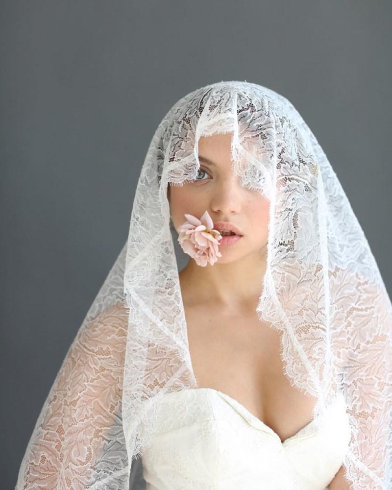 Wedding Veils Styles: 20 Stunning & Unique Wedding Veils You Haven't Seen Before
