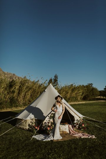 Bohemian Glamping Wedding and Proposal Inspiration – Lindie Wilton Photography 11