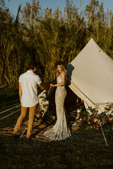 Bohemian Glamping Wedding and Proposal Inspiration – Lindie Wilton Photography 17