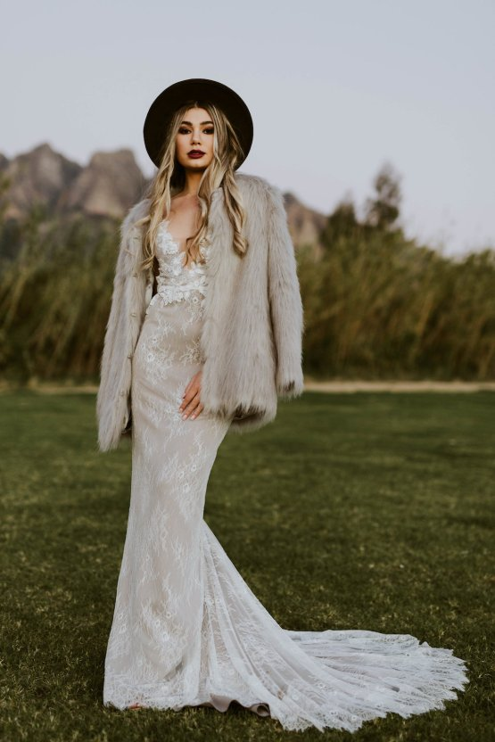 Bohemian Glamping Wedding and Proposal Inspiration – Lindie Wilton Photography 40