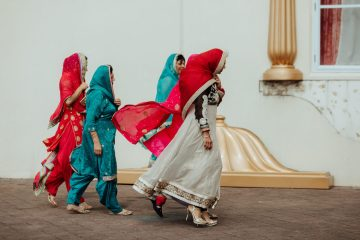 Multicultural Indian Sikh Kiwi Waterfall Wedding – Karen Willis Holmes – Hollow and Co 37