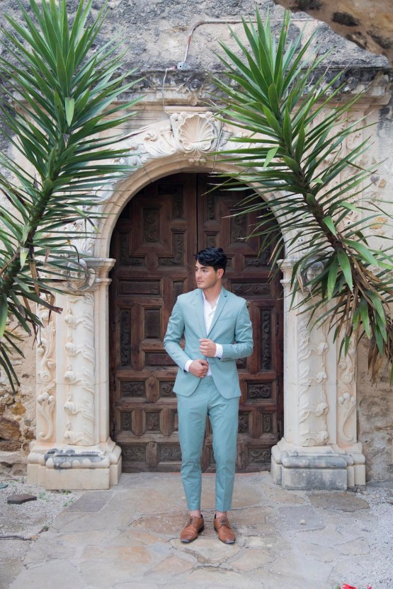 Spanish Lace and Old World Elegance Wedding Inspiration – Szu Designs 21