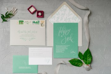 Whimsical Crimson and Green Holiday Wedding Inspiration – Stacy Able Photography 1