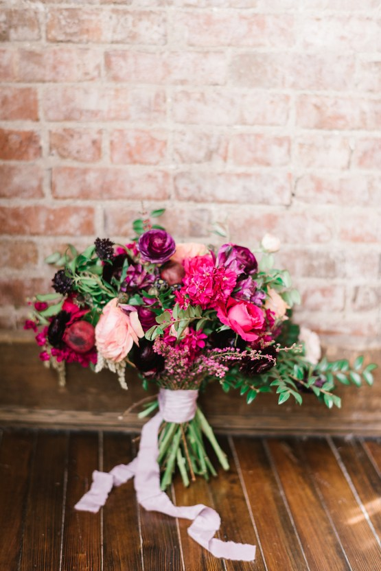 Whimsical Crimson and Green Holiday Wedding Inspiration – Stacy Able Photography 10
