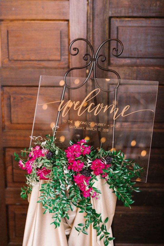 Whimsical Crimson and Green Holiday Wedding Inspiration – Stacy Able Photography 26