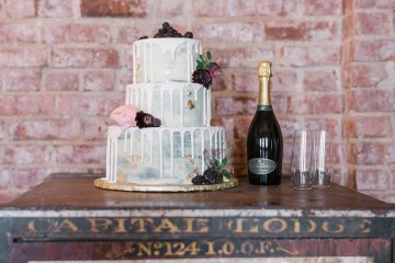 Whimsical Crimson and Green Holiday Wedding Inspiration – Stacy Able Photography 4