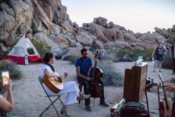 Amazing Vintage Joshua Tree Camping Wedding – Someplace Images 14