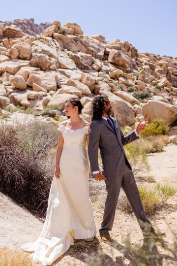 Amazing Vintage Joshua Tree Camping Wedding – Someplace Images 24