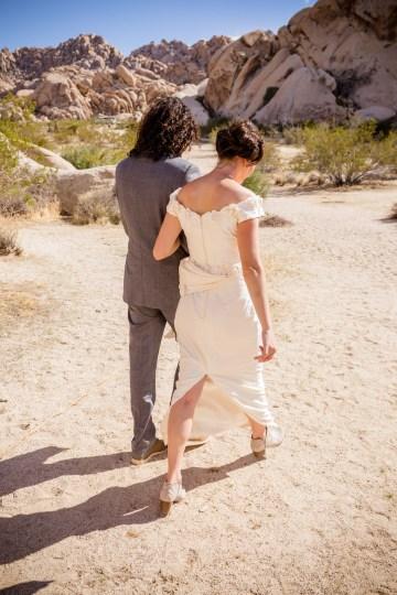 Amazing Vintage Joshua Tree Camping Wedding – Someplace Images 33