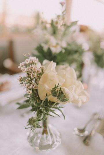Boho Greek Island Wedding Featuring A Circle Floral Arch – Paulina Weddings 17