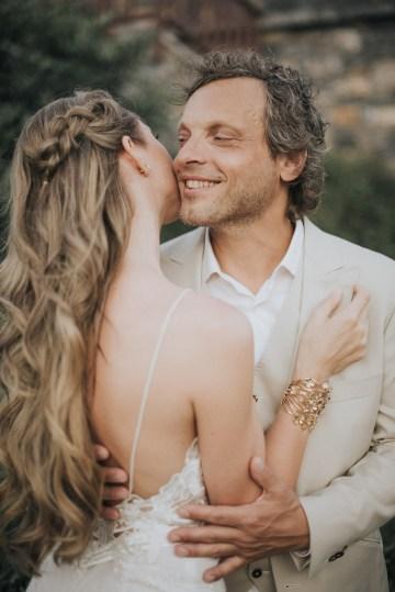 Boho Greek Island Wedding Featuring A Circle Floral Arch – Paulina Weddings 25