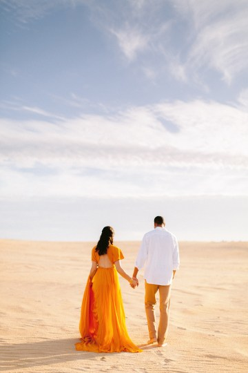 How to Style Your Engagement Session for the Perfect Save The Date – Minted Weddings 13