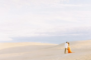 How to Style Your Engagement Session for the Perfect Save The Date – Minted Weddings 46