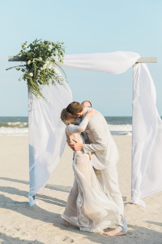 Intimate Southern Boho Beach Wedding in Charleston – Ava Moore Photography 46